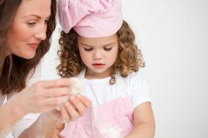 Begeistern Sie Kinder spielerisch für das Thema Kochen.