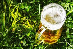 Ein Bierkrug verspricht echte (Gaumen-)Freuden.