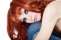 Rotblonde Haare passen, wenn Ihre Naturfarbe hell- oder mittelblond ist.