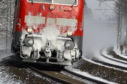 Der Lokführer muss mit allen Witterungsbedingungen zurechtkommen.