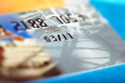 Im Wire-Transfer zählt die Bankkarte mehr als Bargeld.