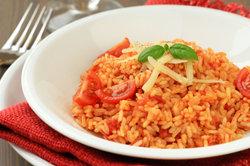 Reis mit Tomatensoße - einfach und lecker