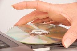 Das Installieren per Silent-Hunter-DVD geht auch unter Windows 7.