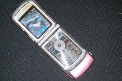 Das CRB-631 ist auch eine Freisprecheinrichtung für Ihr Handy.
