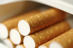 Abschneiden zum zigaretten sticks Pall Mall
