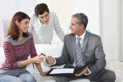 Treffen Sie im Mietvertrag genaue Vereinbarungen mit Ihren Mietern.