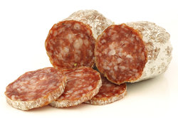 Mailänder Salami kann selbst hergestellt werden.