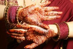 Henna Tattoos sind Temptoos vorzuziehen.