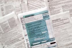 In der Steuernummer auf der Lohnabrechnung sind persönliche Daten gespeichert.