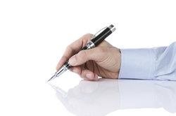 Im Arbeitsleben gibt es mehrere Vertragsformen.
