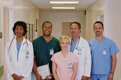 Vom Krankenpfleger zum Arzt - dies ist kein Ding der Unmöglichkeit.