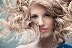 Frauen gelten als schön, wenn sie keine Haare im Gesicht haben.