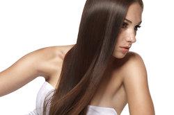 Lange Haare - bei Frauen sehr beliebt.