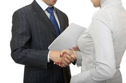 Ein Versicherungsmakler kann Ihr Berater in Versicherungsangelegenheiten sein.