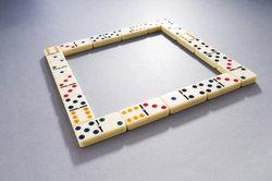 Dominosteine können ein guter Zeitvertreib sein.
