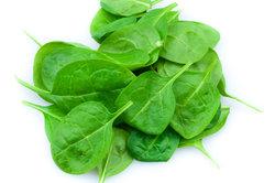 Spinat enthält wertvolle Mineralstoffe und Spurenelemente.