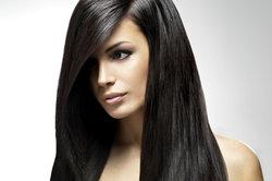 Haare schonend glätten