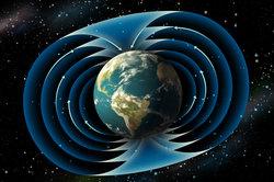 Das wohl bekannteste Magnetfeld ist das der Erde.