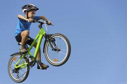 Das BMX Rad muss zum Kind passen.