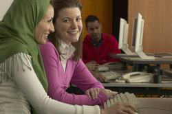 Den Hijab kann man auf mehrere Arten binden.