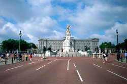 Wer wohnt eigentlich im Buckingham Palace?