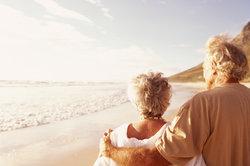 Viele Rentner möchten den Lebensabend unter der Sonne genießen.