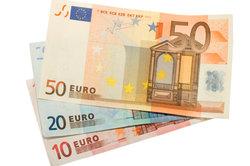 Der Unterschied zwischen Brutto- und Netttolohn kann mehrere hundert Euro betragen.