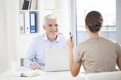 Strukturierte Interviews erleichten das Durchführen von Vorstellungsgesprächen.