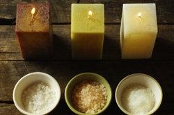 Verschiedene Sorten von Salzen begegnen einem überall.