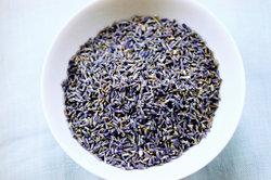 Duftsäckchen aus Lavendel haben einen großen Nutzen.