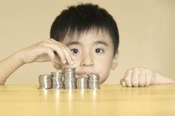 Kinder müssen den Umgang und das Rechnen mit Geld erst erlernen.