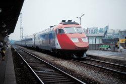 Züge können manchmal käuflich erworben werden.