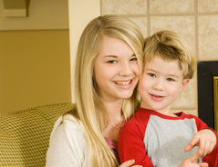 8 Jahre Altersunterschied - so kommen Geschwister