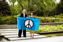 Das Peace-Zeichen steht für Frieden.