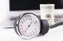 Kranke Arbeitnehmer haben einen Anspruch auf Krankengeld.