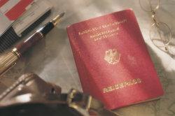 Nach acht Jahren Aufenthalt können Sie den deutschen Pass beantragen.
