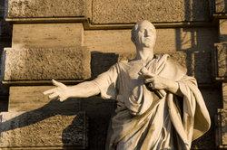 Cicero brillierte in der Kunst der Beredsamkeit.