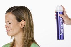 So finden Sie Haarprodukte ohne Silikone.