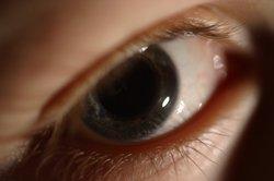 Die Pupillengröße kann durch Alkohol beeinflusst werden.