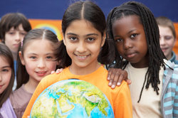 Eine Schulklasse ist ein gutes Beispiel für Globalisierung.