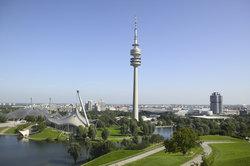 Der Fernsehturm München bietet eine atemberaubende Aussicht auf die Stadt.