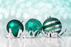 Weihnachten wird auch in Betrieben gefeiert.