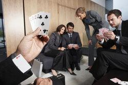 Bei einer Wette, sei es im Kartenspiel oder anderswo, gibt es immer einen Verlierer.