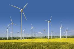 Windparks liefern einige Megawattstunden Energie.