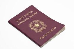 Ein Reisepass ist für Auslandsreisen immer von Vorteil.
