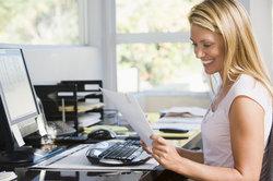Einen Brief an einen bestimmten Empfänger richtig adressieren