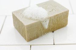 Auch Seife ist alkalisch.