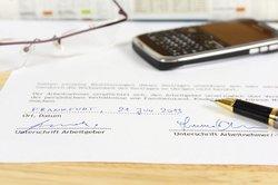Vor dem Arbeitsvertrag kommt die Arbeitserlaubnis.