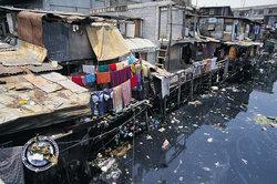 Mangelnde Hygiene und Müll sind Ursache vieler Krankheiten.