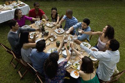 Feiern Sie die Jugendweihe mit Familie und Freunden.